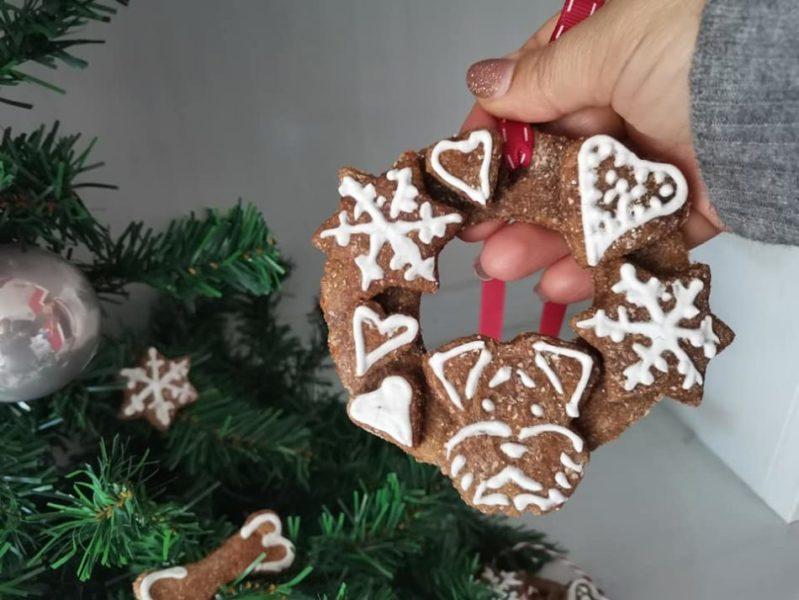 ghirlande natalizie di biscotti